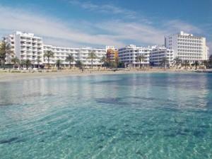 La demanda de apartamentos repunta un 14% entre españoles