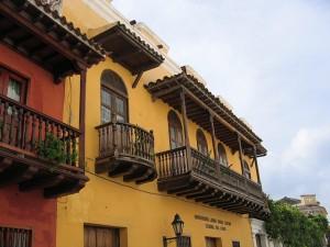 Los balcones de Cartagena de Indias y su herencia española
