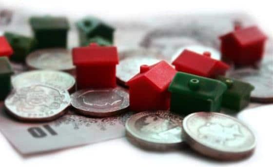 La compraventa de viviendas profundiza su caída hasta el 34,8%