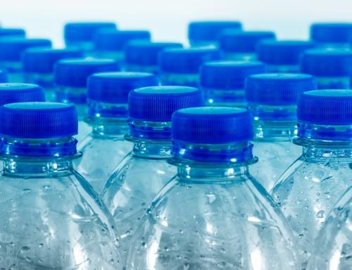 ¿Cómo enfriar tu cuarto 5 grados con botellas de plástico y por sólo 7 euros?